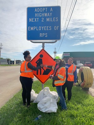 RPS team cleaning up roadside litter