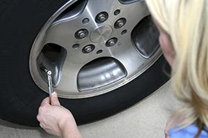 check tire pressure iStock_300x200.jpg