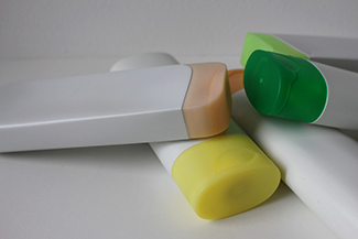 Refillable toiletry containers